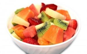 Salat iz fruktov 300x187 - Салат из фруктов