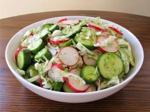 Salat iz redisa 300x225 - Салат из редиса