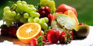 Plyusyi fruktovoy dietyi 1 300x150 - Цветная диета