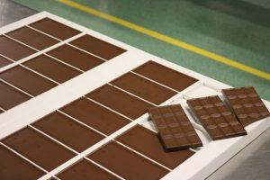 Kak delayut shokolad 2 300x200 - Как делают шоколад-2