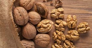 Protivoholesterinovaya dieta orehi 300x157 - Противохолестериновая диета орехи