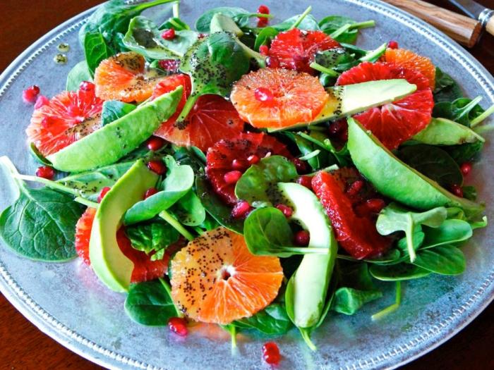 Avokado i salat iz tsitrusovyih - Авокадо