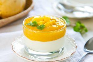 Mango s yogurtom 300x200 - Манго с йогуртом